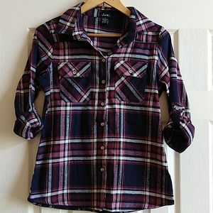 Justify Navy and Pink Flannel Button Down Size M